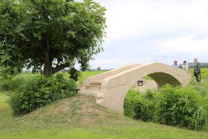 Accomplished the restoration of the ancient bridge in Villa Prati financed by Mixer